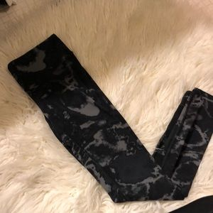 Pants - Alo leggings black with grey